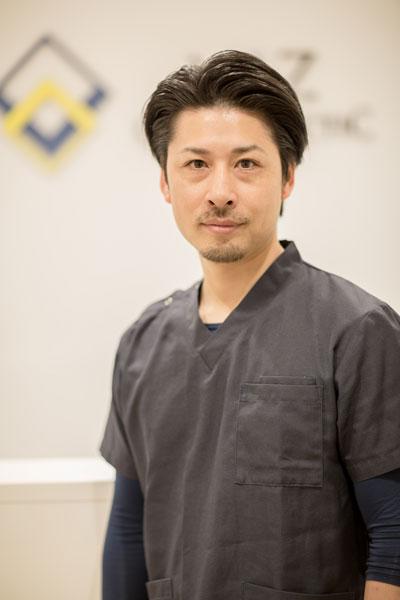 写真:VAZカイロプラティック 院長 上園 智宏